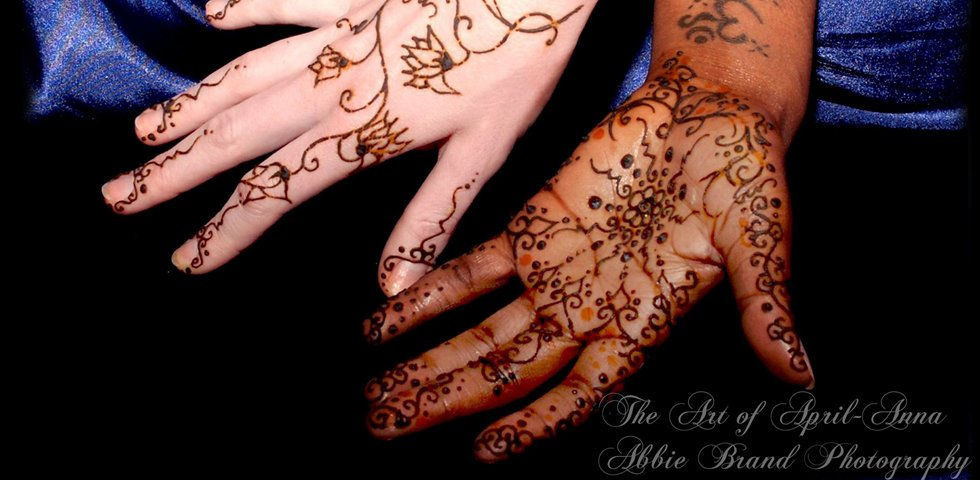 henna black white dance